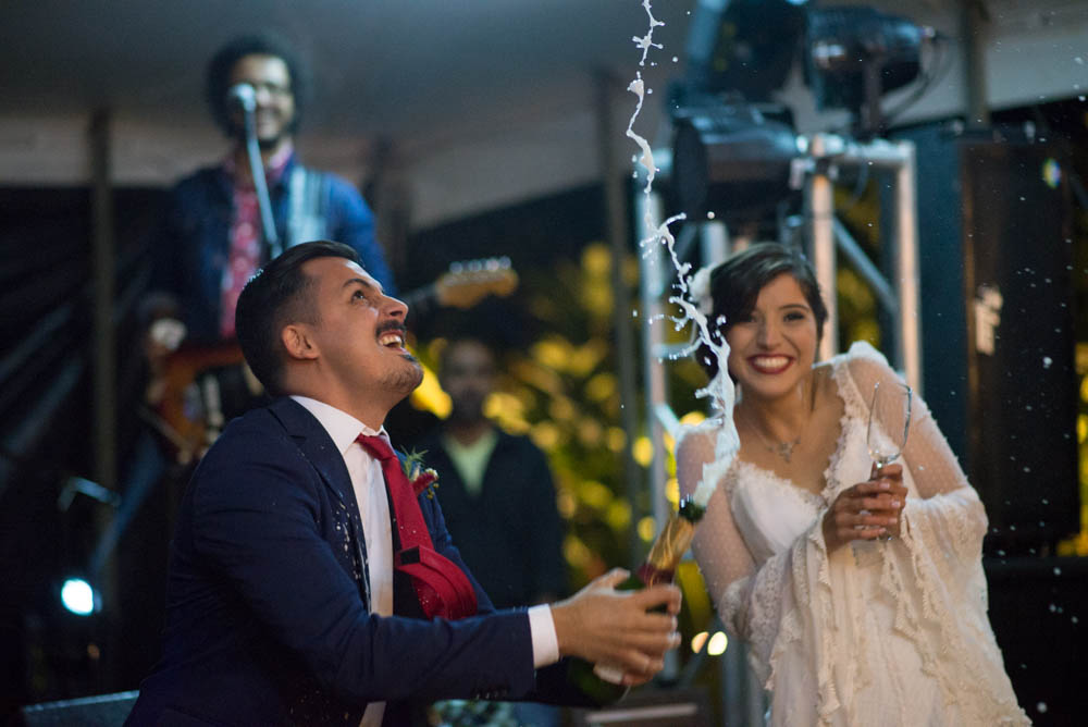 Using the Nikon 85mm f 1.8 G in low light at wedding reception