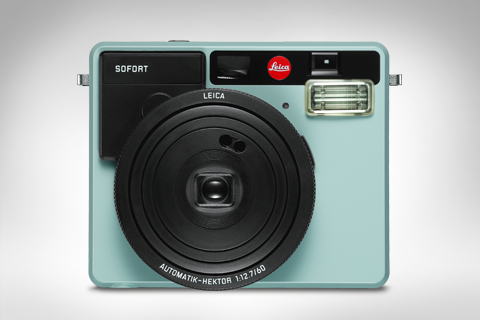 product of the leica sofort in mint color
