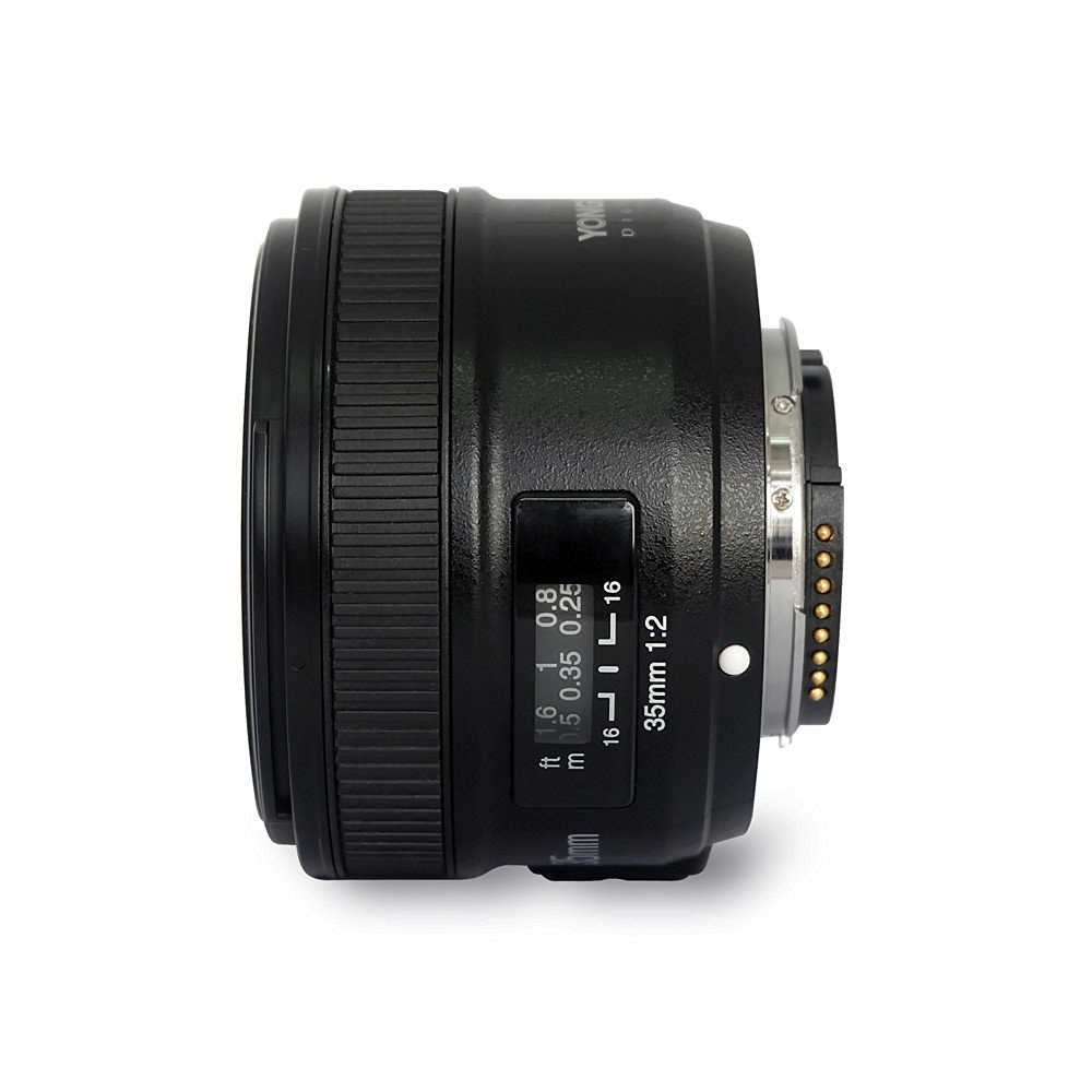 amazon product image of the new yongnuo 35mm f2 lens from the side without the lens cap on