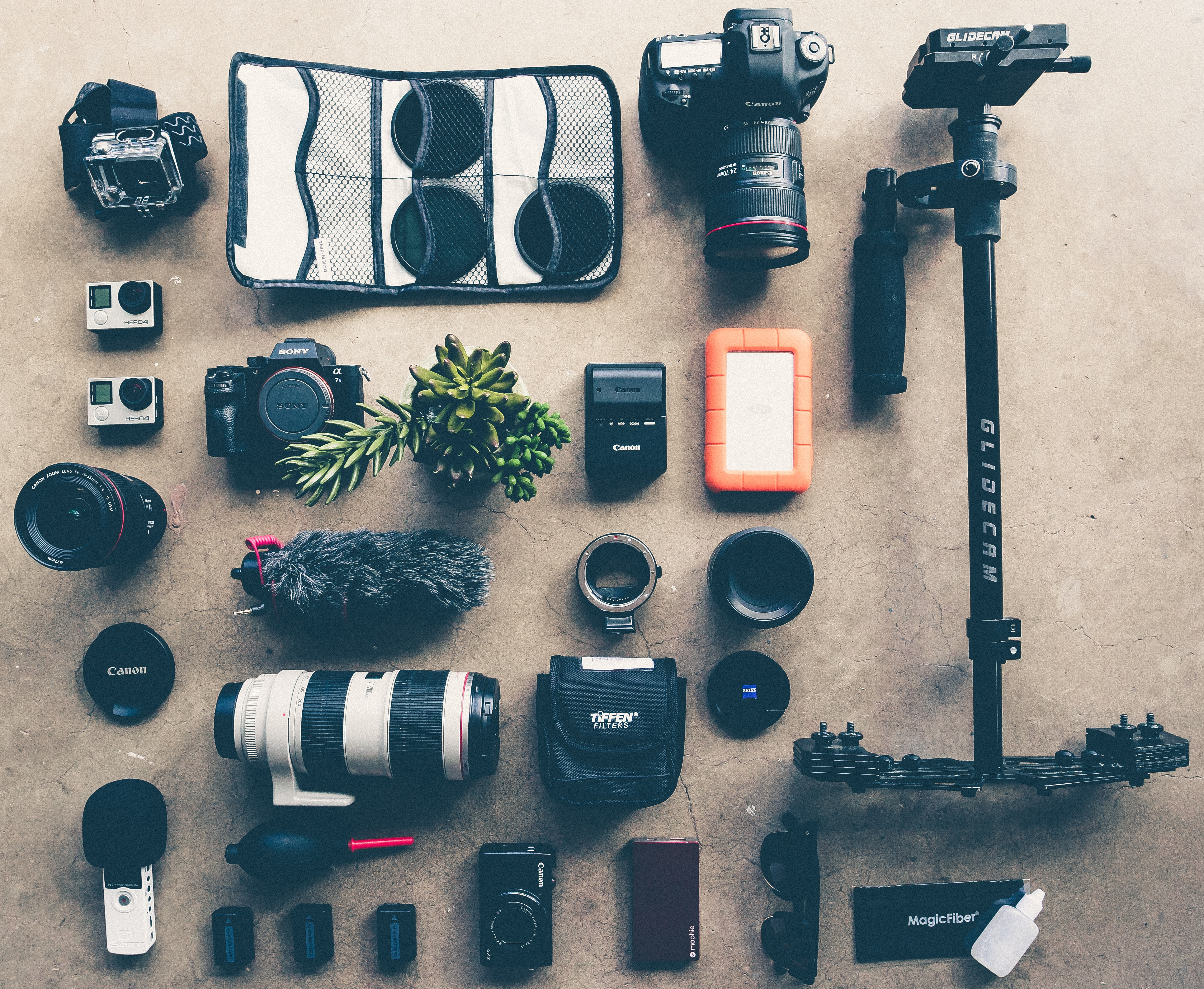 Image Showing A Bunch Of Camera Equipment To Show What Does Wedding Photography Assistant Do
